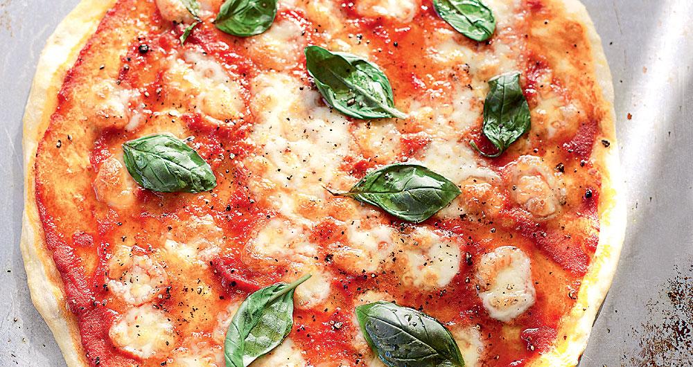 Authentic Margherita Pizza Recipe